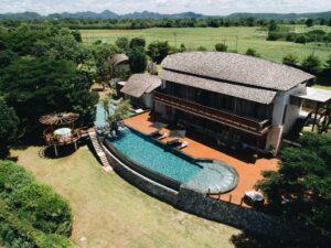 บริบท พูล รีสอร์ท (Boribot Pool Resort)