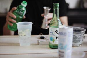 5 สูตรชงโซจู ให้อร่อย ดื่มง่าย สายปาร์ตี้ ไม่ควรพลาด!